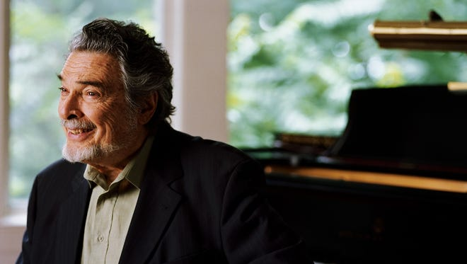 Renowned pianist Leon Fleisher takes part this weekend in the Lake Champlain Chamber Music Festival.