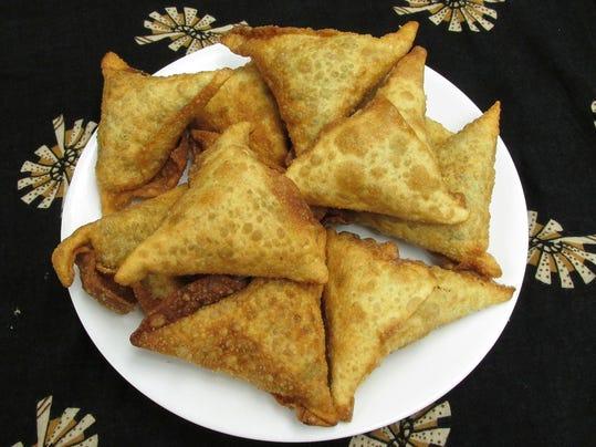 Sambusa Somali Recipe recipe amina's sambusas