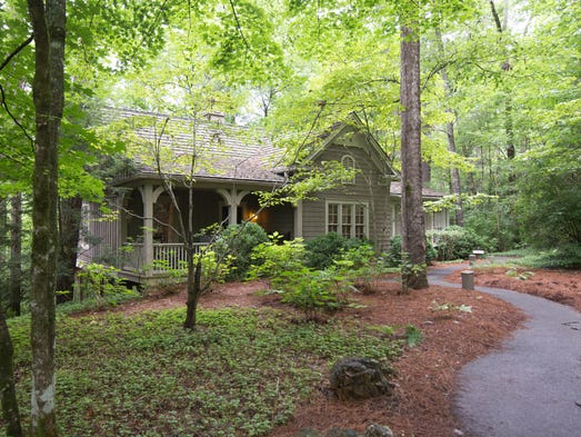 Amee Farm Bed And Breakfast