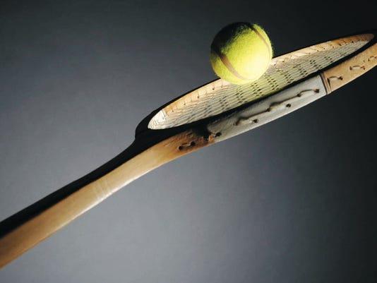 635900335803182664-cal-tennisracket.jpg