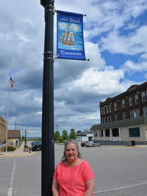 Beth Liebherr,  Kewaunee Chamber of Commerce board member, led the creation of Kewaunee's new Art Walk.