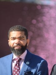Jackson Mayor Chokwe Antar Lumumba stands before a