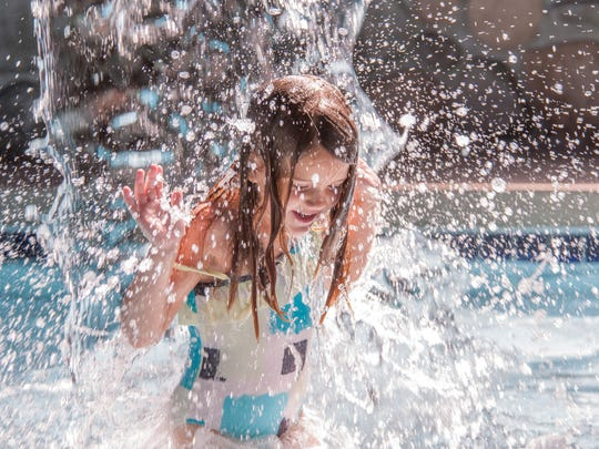 At the Waters of Minocqua Hotel and Waterpark, indoor and outdoor hot tubs are open year-round with indoor pools, a Kiddie Pool area and a seasonal outdoor pool available.