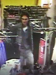 Sparks police are looking for a suspect that allegedly stole items from a Kohl's.