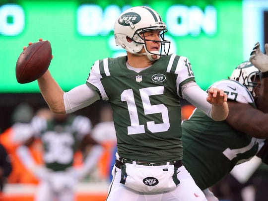 Josh McCown, who'd end up with the Jets in 2017, nearly signed with the Colts before last season.