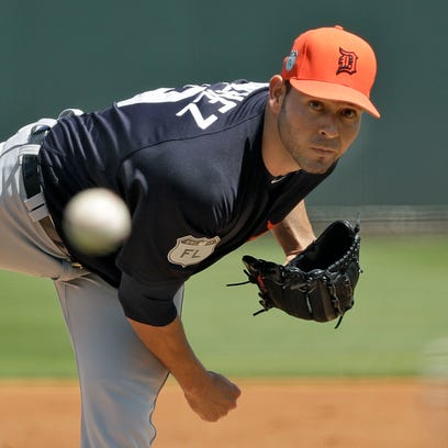 Tigers right-hander Anibal Sanchez pitches to the Pirates