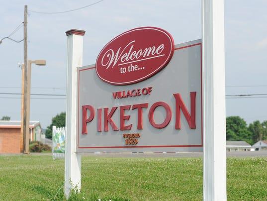 636235487037132135-CGO-STOCK-Piketon.jpg
