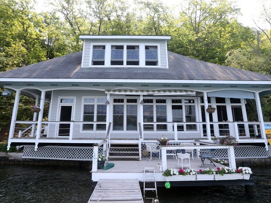 This 800-square-foot cottage on the east side of Canandaigua