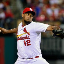 Mariners officially sign reliever Nicasio