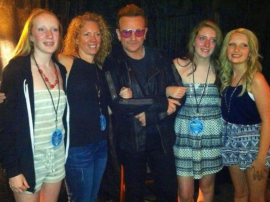 Bono_Lizzy_Lawton