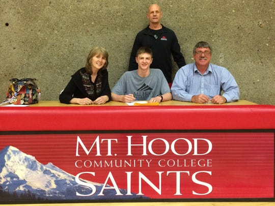 Amity senior Devin McShane has signed a letter of intent to play basketball at Mt. Hood.