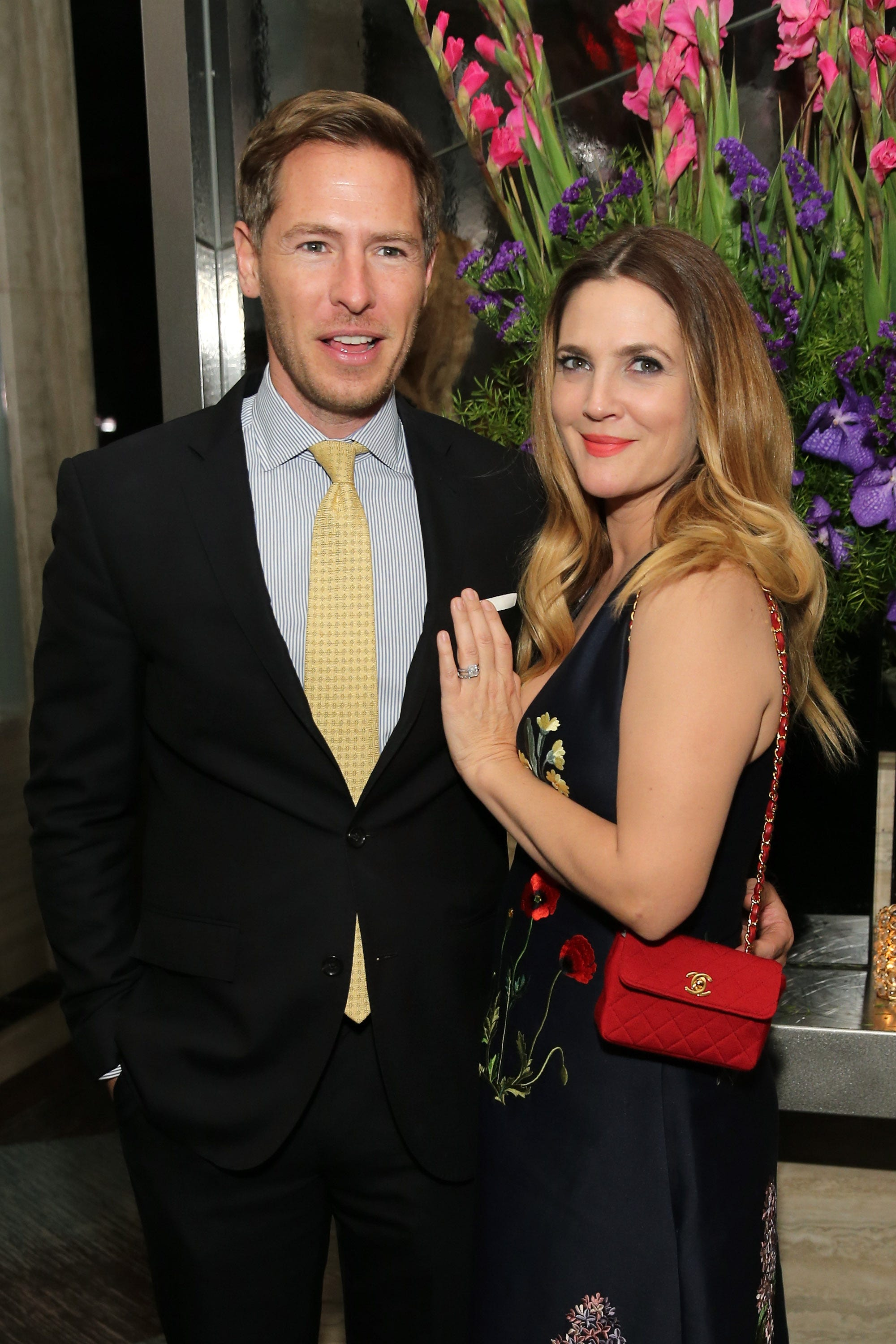 Drew Barrymore and her husband reported divorcing 04/02/2016 45