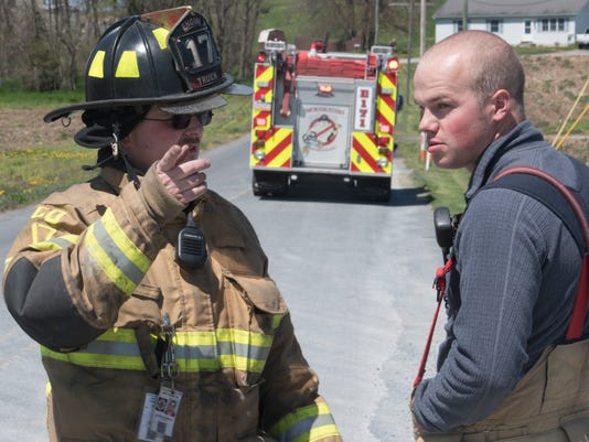 cpo-mwd-043018-firefighters-volunteer