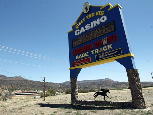 Ruidoso Downs Race Track sign