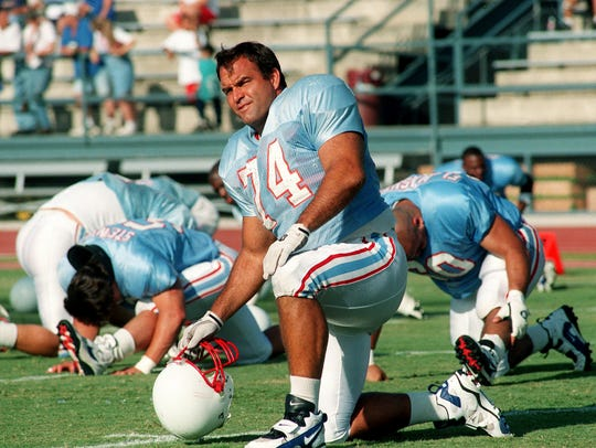 Hall of Fame offensive lineman Bruce Matthews played