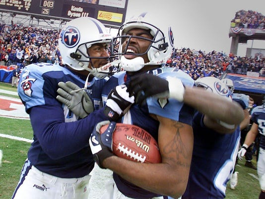 Tennessee Titans vs Buffalo Bills in the AFC Wild Card Game, Football