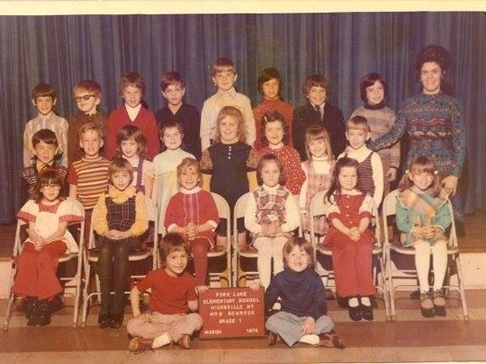 Columnist Brad Wadlow's first grade photo. He is in the back row, second from left. Theresa Brigandi, now Theresa Caputo, is seating in the second row, all the way to the right, according to Wadlow's sources.