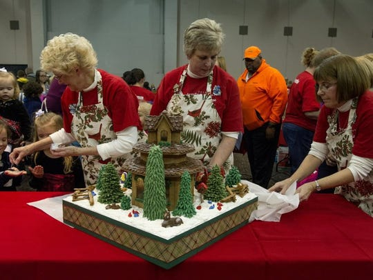 Aurora gingerbread house contest.