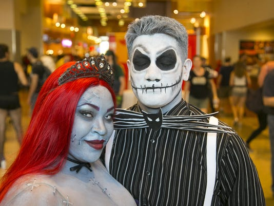 Phoenix Comicon Hot Weather Feature