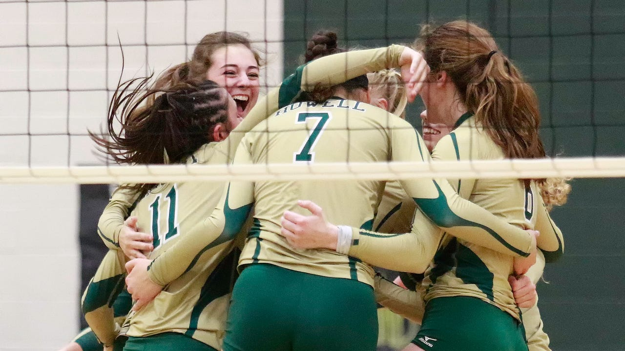 Highlights and interviews from Howell's district semifinal volleyball victory over Hartland.