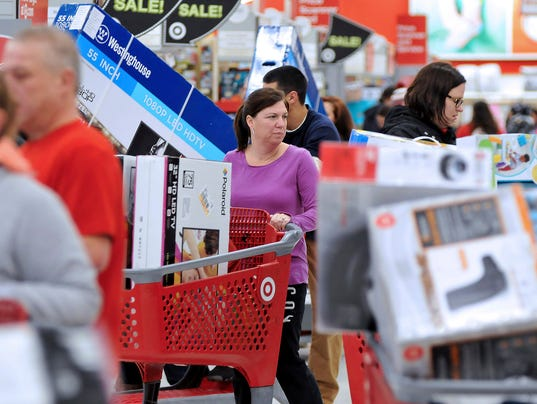 AP HOLIDAY SHOPPING BLACK FRIDAY A USA MA