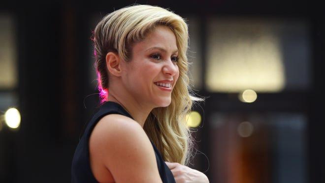 Shakira has postponed her tour.