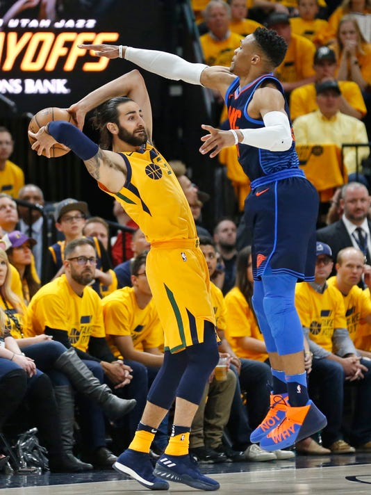 Thunder_Jazz_Basketball_71394.jpg