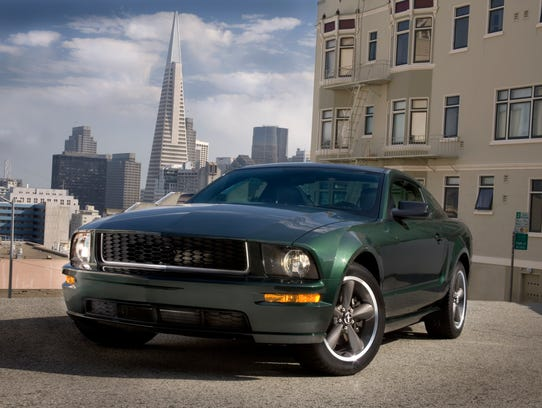 2008_Ford_Mustang_green_CN200801-001