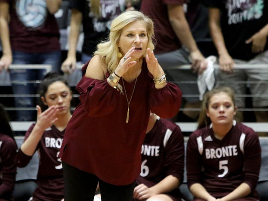Bronte head coach Carol Moore is now 3-1 in state tournament matches.