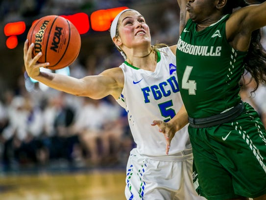 FGCU junior Lisa Zderadicka shoots a layup during the