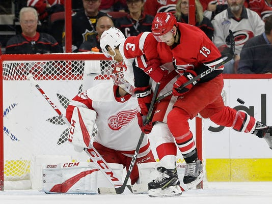 Red_Wings_Hurricanes_Hockey_17317.jpg