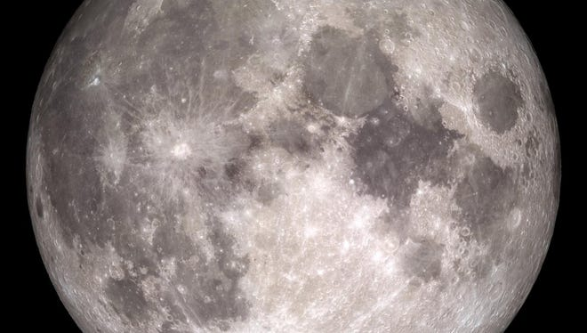 The moon as it will appear on Christmas Day