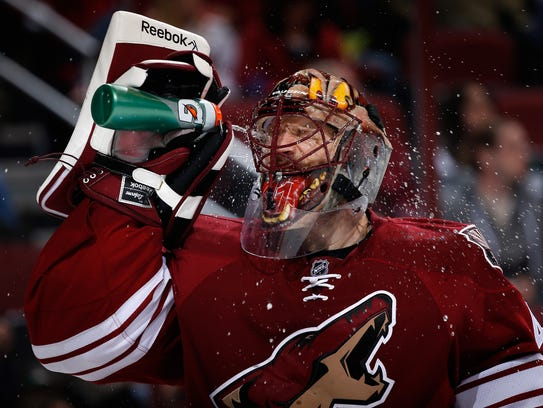 Coyotes goaltender Mike Smith.