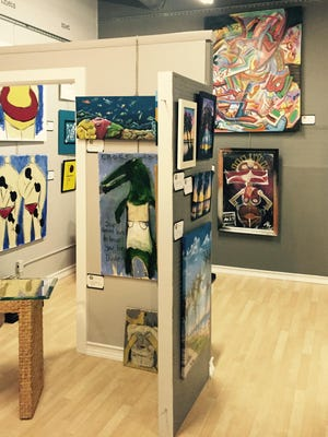 The Strawbridge Art League recently moved to Le Galerie Plaza in downtown Melbourne.