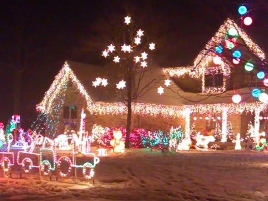 holiday lights village way - Christmas Lights Indianapolis