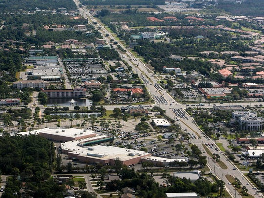 Looking east, the intersection of Bonita Beach Road