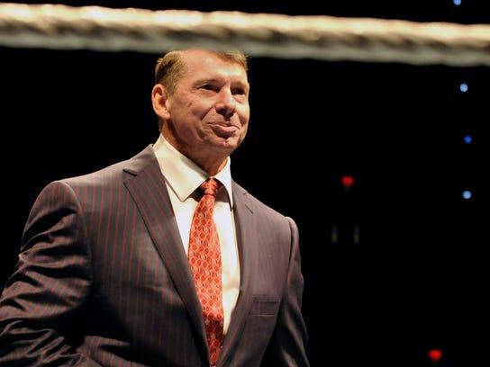 AP WWE RAW AT 25 A ENT USA CT