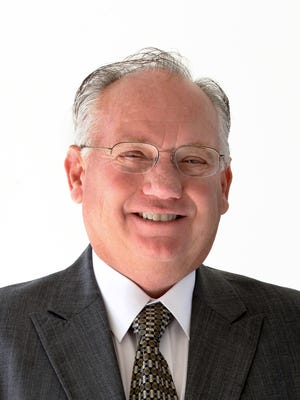 Simi Valley Councilman Keith Mashburn intends to run for mayor in the Nov. 6 election.
