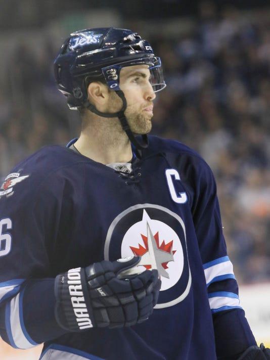 USP NHL: CAROLINA HURRICANES AT WINNIPEG JETS S HKN CAN MA