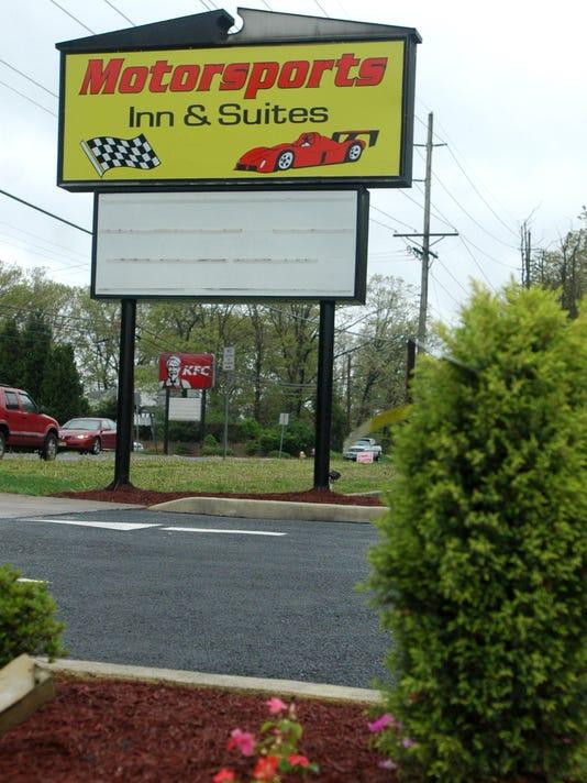 -050409 Motorsports Inn and Suites.jpg_20090517.jpg