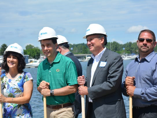 Kewaunee Mayor Sandi Christman, Governor Scott Walker,