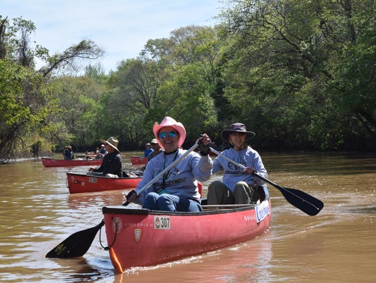 """Donna Comeaux and Veronica """"V"""" Dubs canoe the Vermilion"""