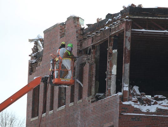 demolish old Genesee Hospital