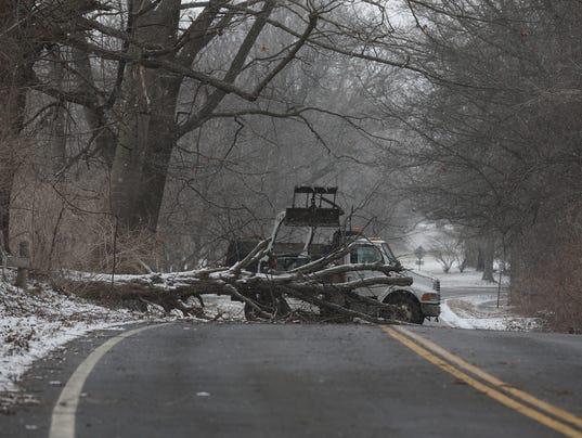 East River Road wind damage