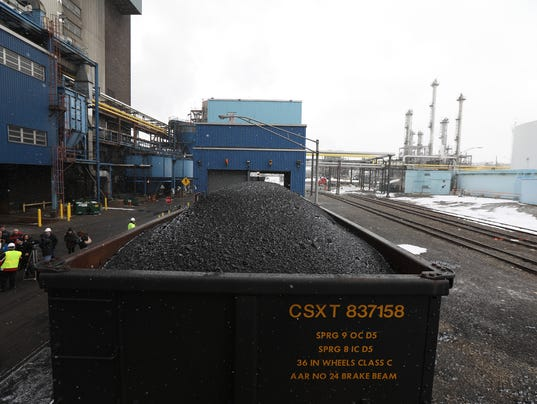 coal kodak cars park gas plant roll last into eastman railroad rochester area converts delivery final making power