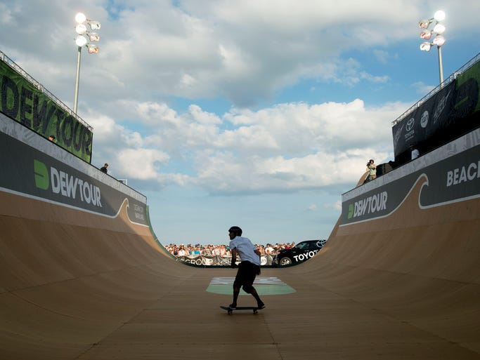 Pierre-Luc Gagnon competes in the second heat of the Dew Tour vert semi-finals Thursday, June 27 in Ocean City.