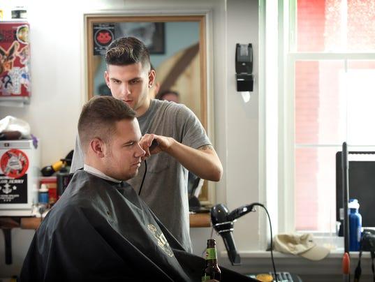 LDN-MKD-111615-Barbershop-6