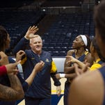 Murray St. parts ways with women's basketball coach