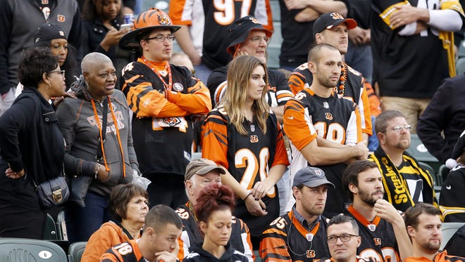 This group of Bengals fans wasn't pleased by the 33-20 score in the fourth quarter of Sunday's loss to the Steelers.
