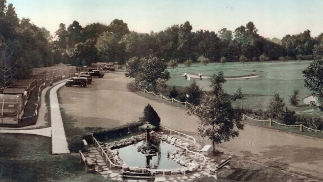 The oldest known photograph of the Alexandria Zoo from 1932.